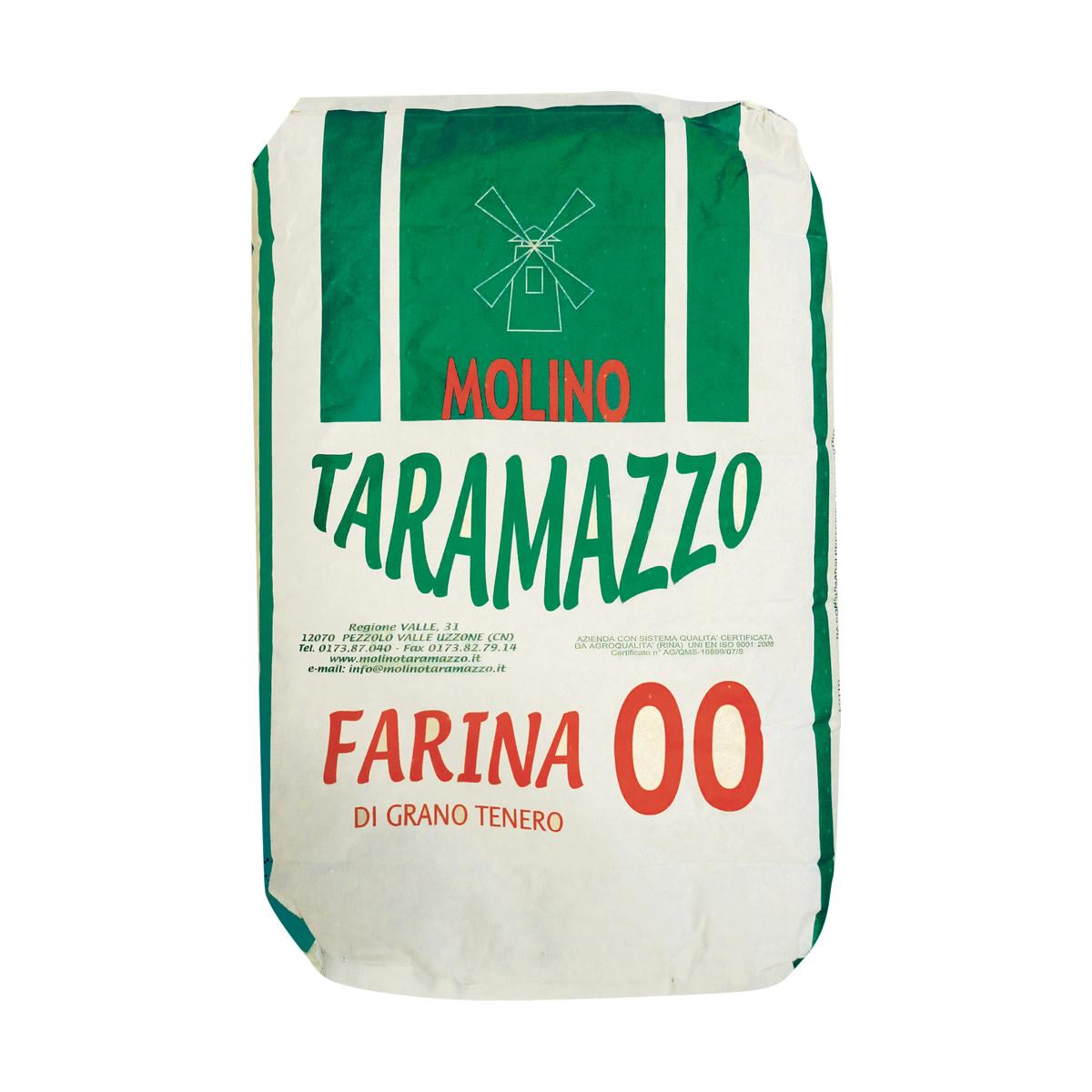 Farina 00 da 25 Kg sacco verde.